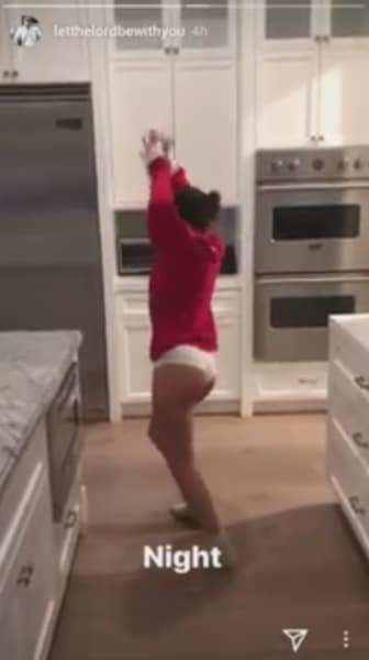 Sofia Richie, Christmas Dance 3