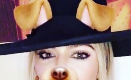 Khloe Kardashian dog Snapchat filter pic