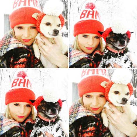 Miranda Lambert Cuddles with her dogs