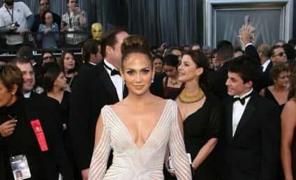 Academy Awards Fashion Face-Off: Jennifer Lopez vs. Cameron Diaz