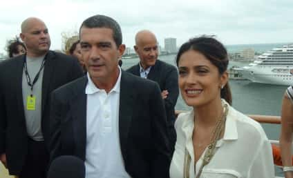On the Puss in Boots Red Carpet With Antonio Banderas & Salma Hayek: Two Cool Cats!
