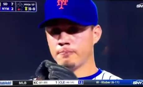 Wilmer Flores: Mets Shortstop Cries on the Field After Hearing Rumors That He Would Be Traded