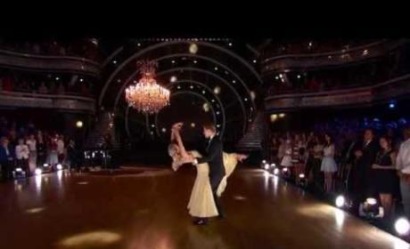 Nastia & Derek - Waltz (Dancing with the Stars)