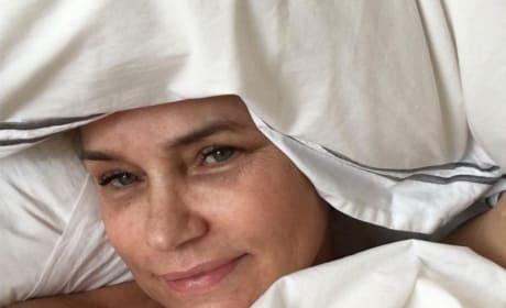 Yolanda Foster Bed Selfie