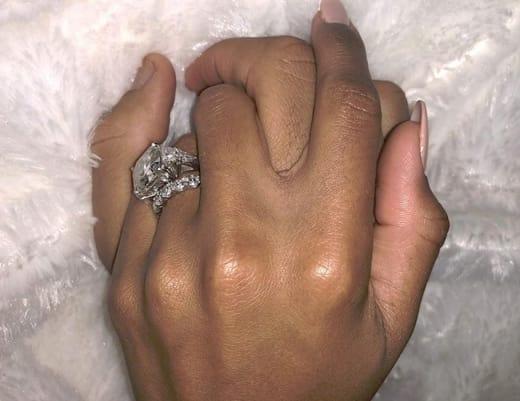 Ciara & Russell Wilson, Hands