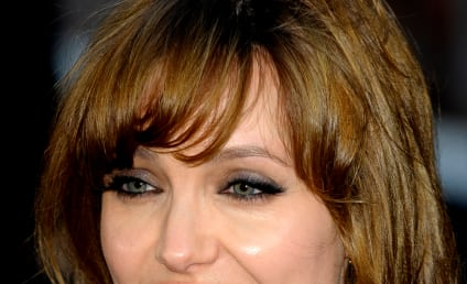 Celebrity Hair Affair: Angelina Jolie