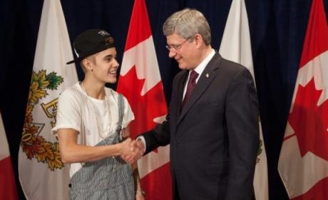 Was Justin Bieber wrong to wear overalls when meeting the Prime Minister?