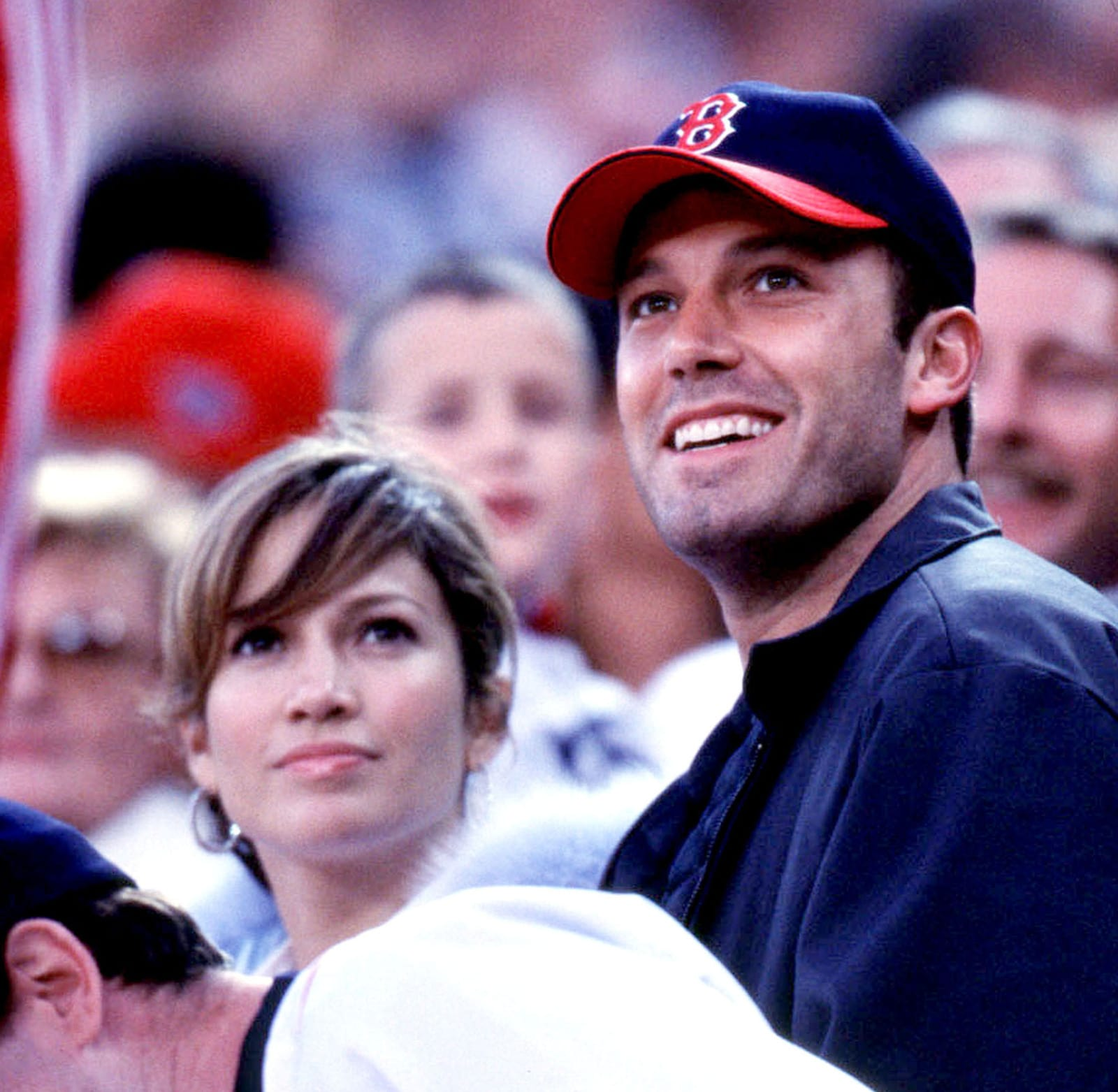 Is ben affleck dating jennifer lopez again