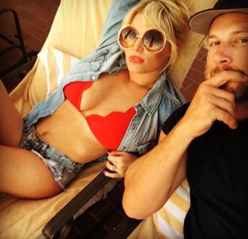 Jessica Simpson Bikini Selfie