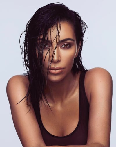 Kim Kardashian Beauty Pic