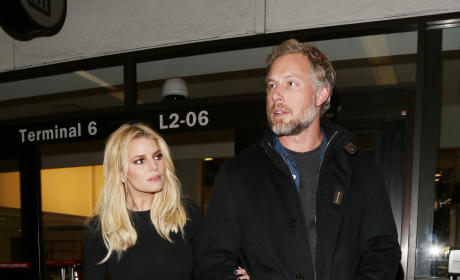 Jessica Simpson and Eric Johnson Land at LAX