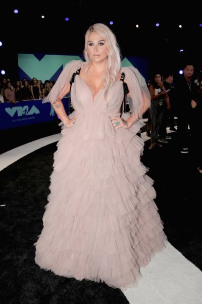 Kesha at 2017 Video Music Awards