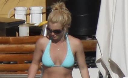 Britney Spears Update: Tire Flat, Chest Not