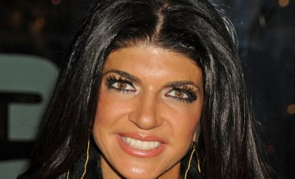 Teresa Giudice Tweets From Prison, Thanks Fans For Support