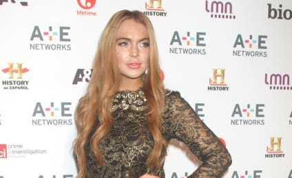 """Lindsay Lohan OWNED By Pitbull; """"Give Me Everything"""" Lawsuit Dismissed"""