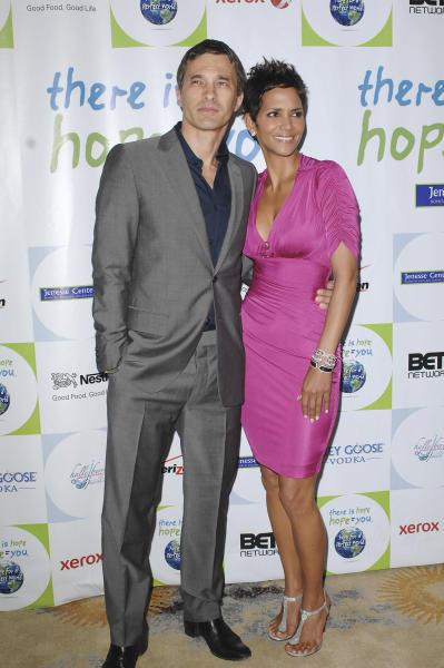 Olivier Martinez and Halle Berry Photo