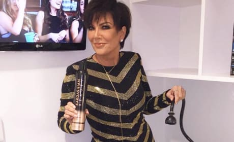 Kris Jenner Washes Chris Harrison's Hair