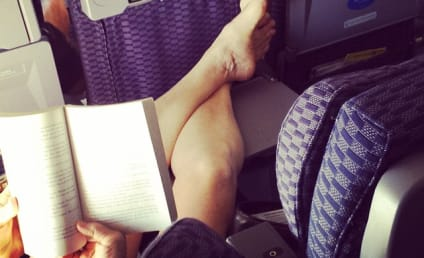 15 Passenger Shaming Pictures: The Best In-Flight Entertainment!