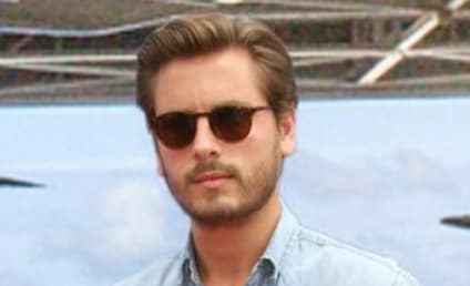 Scott Disick Drools Over Kourtney Kardashian's Butt, Fuels Reconciliation Rumors