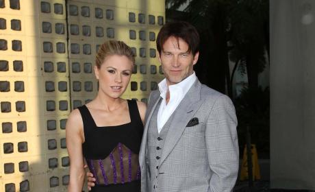 Anna Paquin and Stephen Moyer Photo