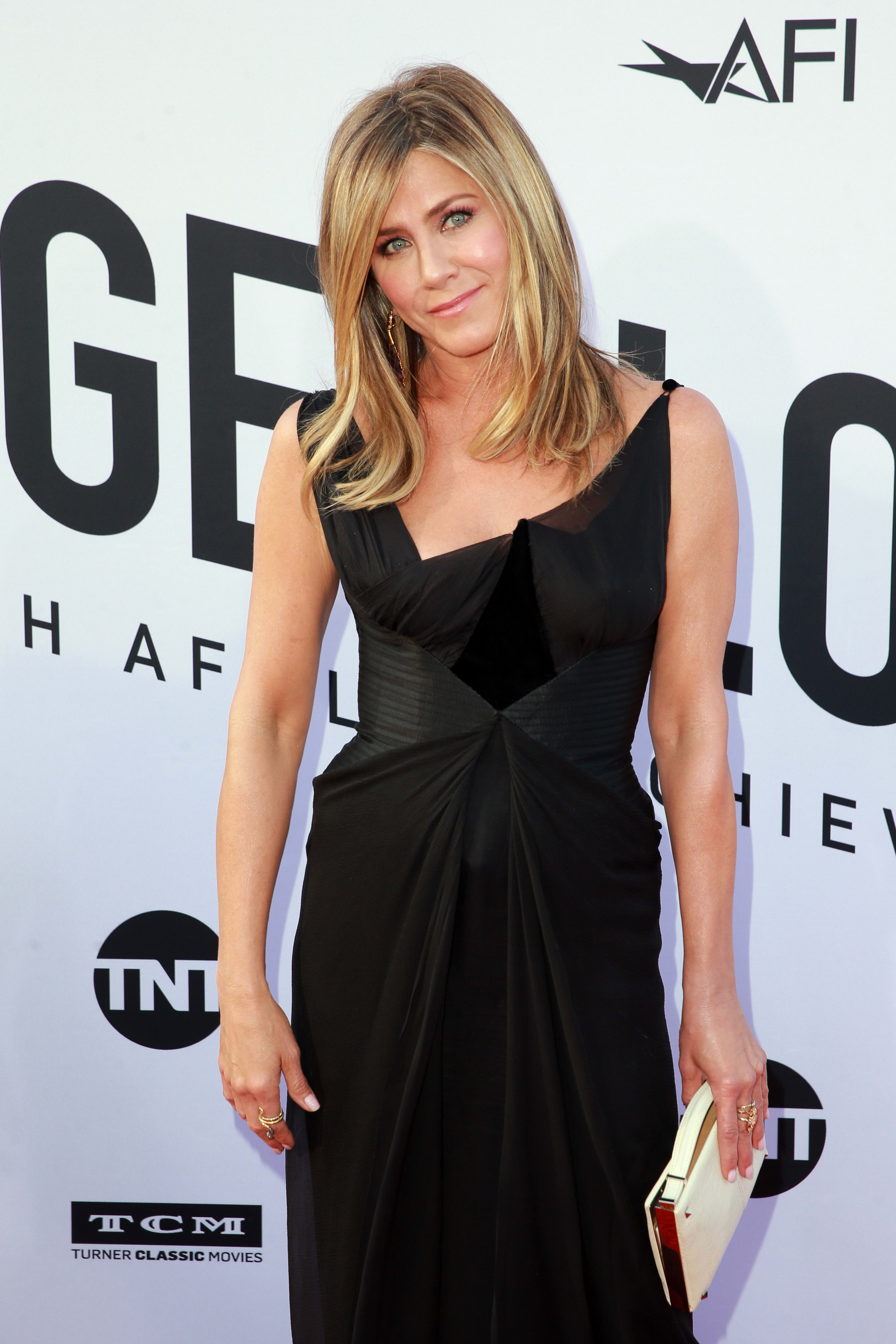 Jennifer Aniston Who Is She Dating Now The Hollywood Gossip