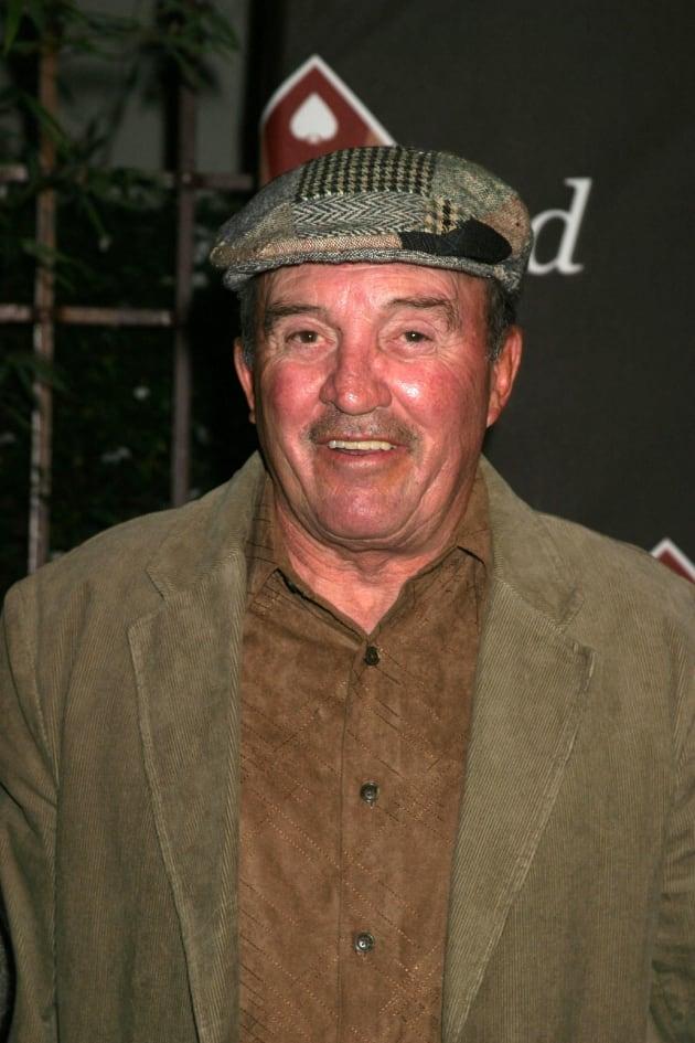 joe santos dies sopranos amp rockford files actor was 84