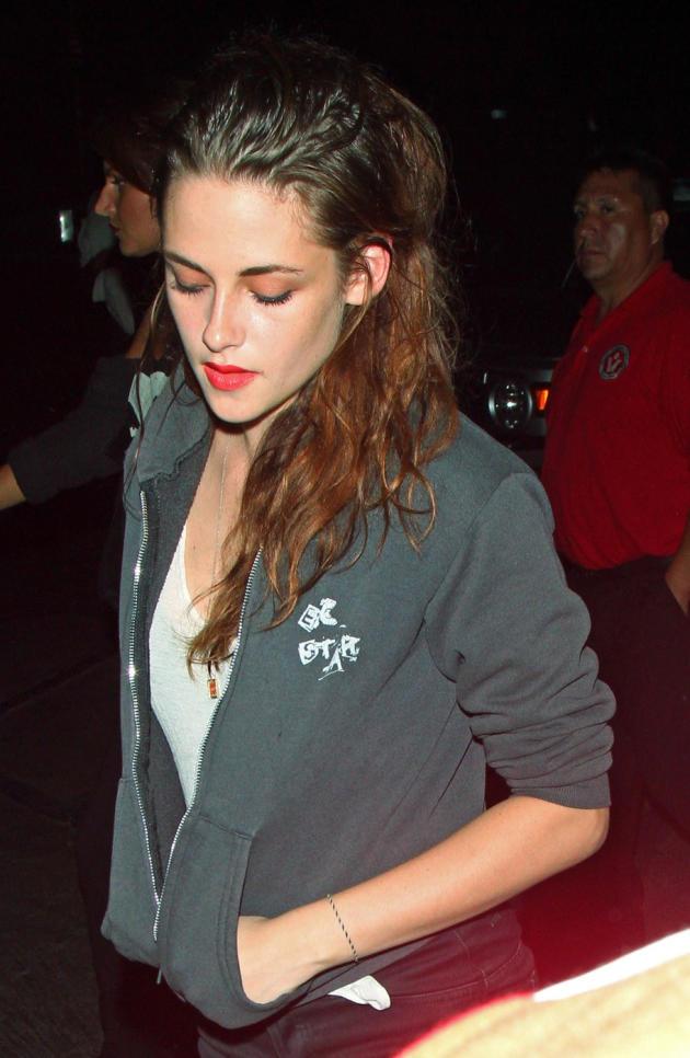 Kristen Stewart, Head Down