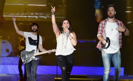 Hillary Scott Opens Up About Miscarriage