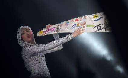 Bangerz and Mishmash: 13 Photos of Miley Cyrus in Concert
