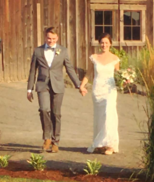 Molly roloff wedding photos here comes the bride and her beloved molly roloff wedding image junglespirit Image collections