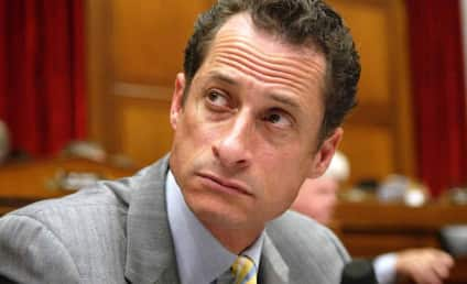 Ginger Lee, Anthony Weiner Gal Pal, Hires Gloria Allred to Combat Threats