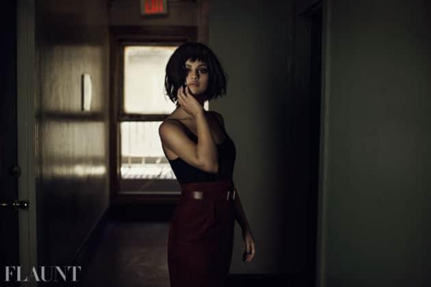 Selena Gomez Flaunts Herself
