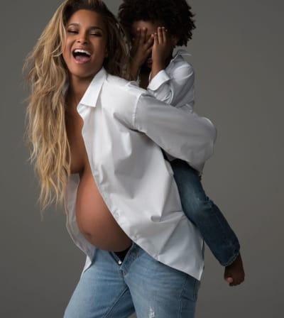 Ciara Pregnant Pic