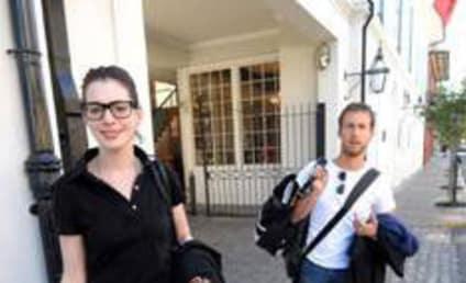 Adam Shulman is Dating Anne Hathaway