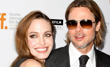 Brad Pitt and Angelina Jolie to Wed This Weekend??