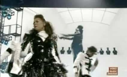 Janet Jackson VMA Tribute Honors Michael