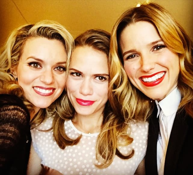 Sophia bush bethany joy lenz and hilarie burton