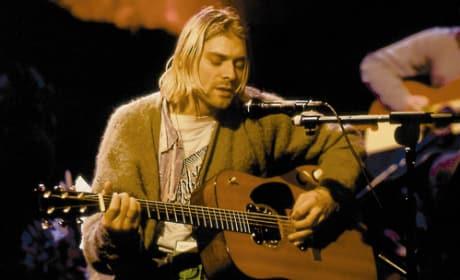 7 Iconic Photos of Kurt Cobain