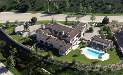 Britney Spears Buys New Home, Shows the Kids