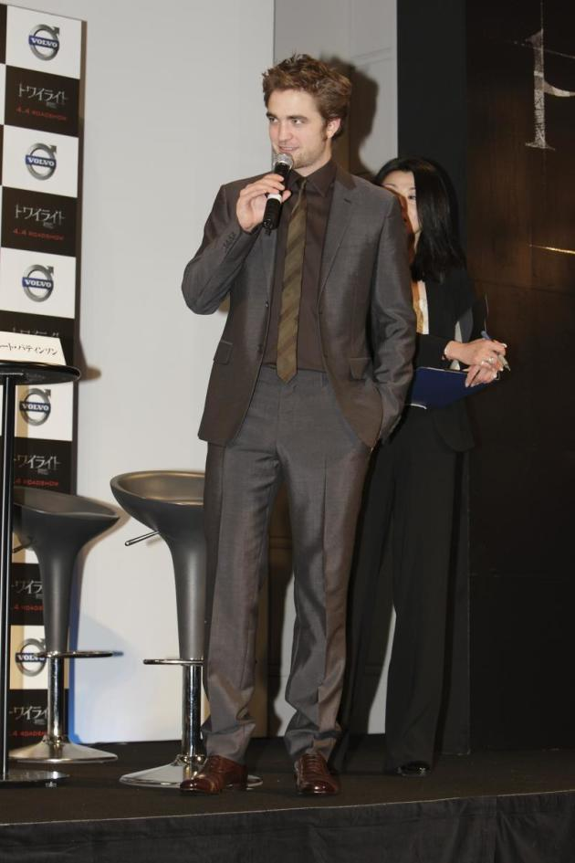 Pattinson Versus the Press