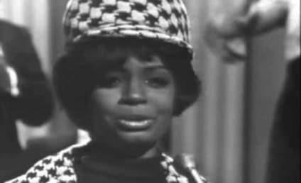 "Fontella Bass Dies; ""Rescue Me"" Singer Was 72"