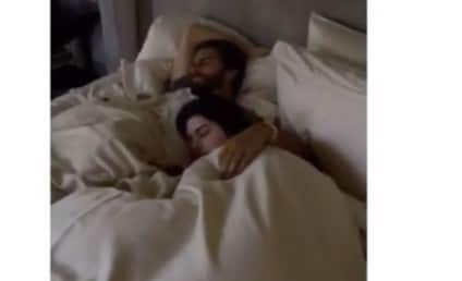 Kourtney Kardashian Catches Scott Disick in Bed With KENDALL JENNER! WATCH!
