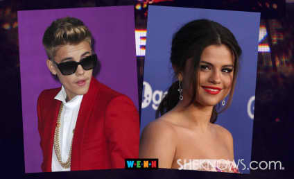 """Justin Bieber & Selena Gomez """"Close and Into Each Other,"""" Texas Witness Confirms"""