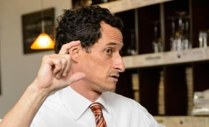 Anthony Weiner Caught in ANOTHER Sexting Scandal!