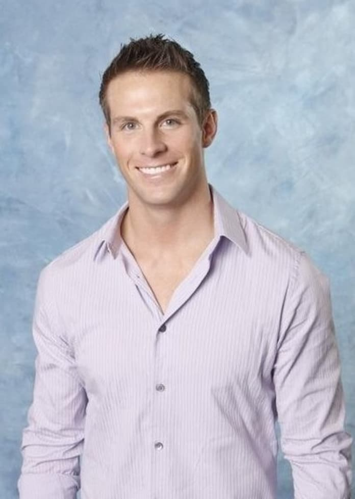 Blake Julian Cast On Bachelor Pad