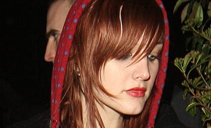 Did Ashlee Simpson Take One on the Chin? You Decide!