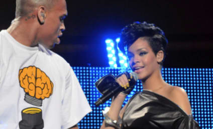 Source: Rihanna Totally Wants Chris Brown Back!