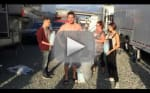 Stephen Amell Accepts Ice Bucket Challenge