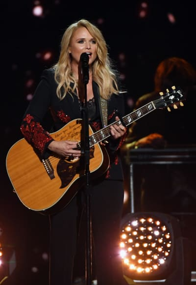 Miranda Lambert on Guitar