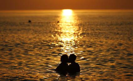 Boy Receives Hickey From Girlfriend, DIES
